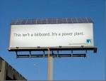 solar powered billboard - PGE - Street Marketing - comunica2punto0
